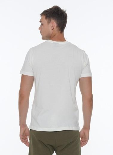 Hummel Erkek Tişört Beech 911179-9973 Beyaz